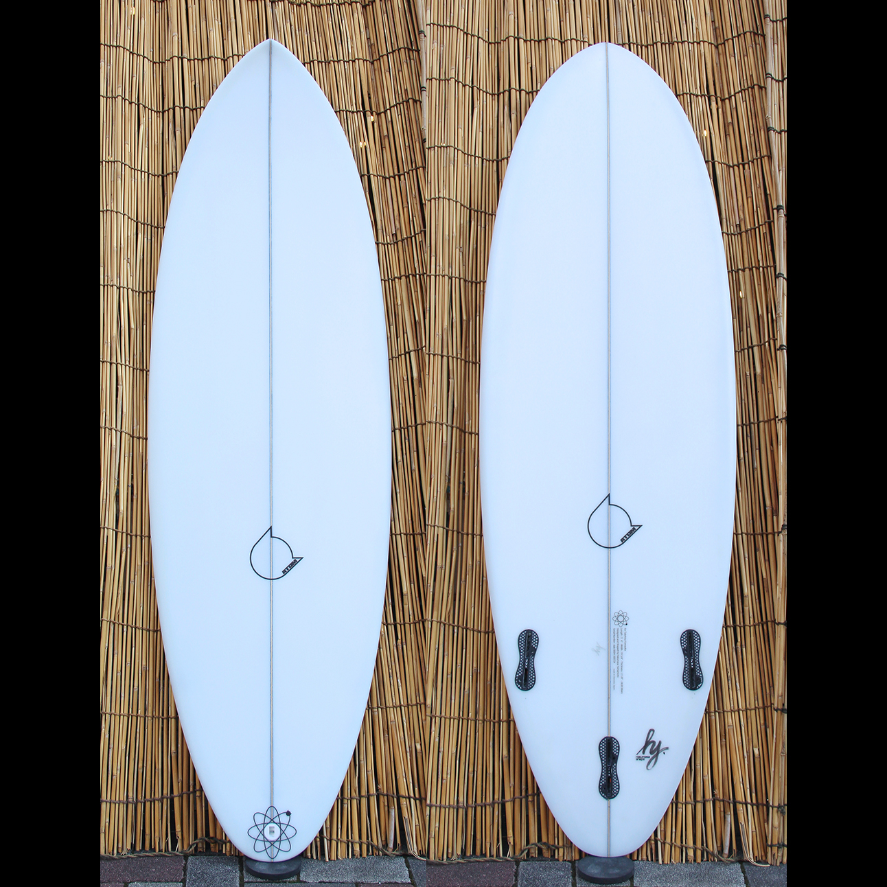 "ATOM Surfboard ""dab"" model"